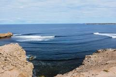 Elliston surfers (Con_Pyro) Tags: surf australia surfing outback southaustralia arid fuij eyrepeninsula gawlerranges xpro1 conpyro