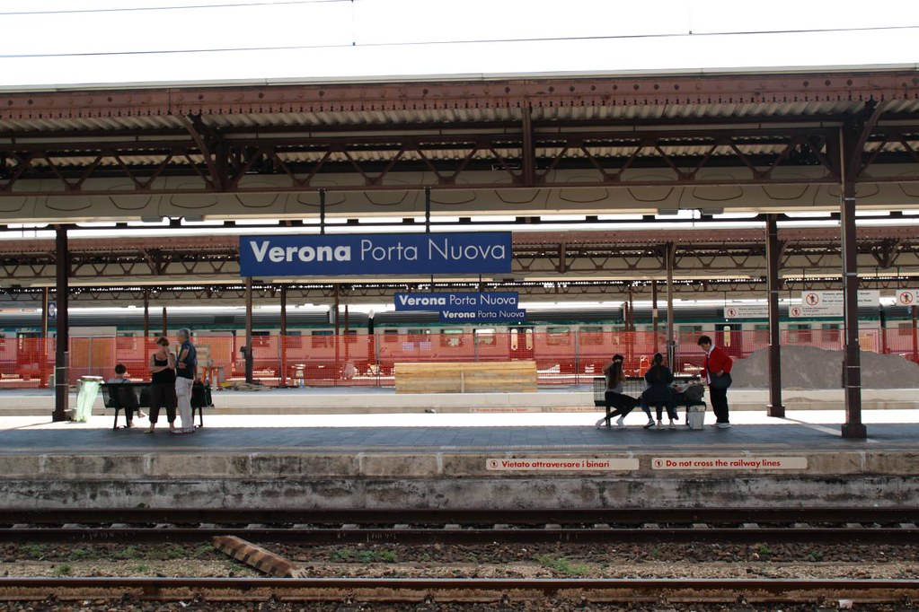 The world 39 s best photos of trenord and verona flickr - Stazione verona porta nuova orari ...