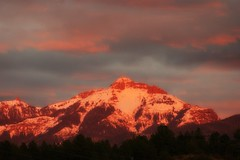 *alpenglow on Saturday 10/24/15~ (^i^heavensdarkangel2) Tags: mountains fall landscape colorado sony pagosasprings alpenglow colorsoffall squaretop colorfulcolorado fathersky heavenlysky nipplemountain sonydslra380 desbahallison heavensdarkangel2 ihda~desbahallison