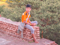 "Bagan: coucher de soleil depuis la pagode Myauk Guni Paya <a style=""margin-left:10px; font-size:0.8em;"" href=""http://www.flickr.com/photos/127723101@N04/23021875699/"" target=""_blank"">@flickr</a>"