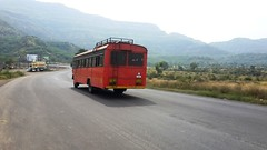 MSRTC Bus rushing towards Satara (Satish Madivale) Tags: bus st satara khambatakighat msrtc
