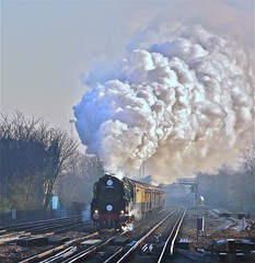 Blasting Bulleid (Deepgreen2009) Tags: cold train power pacific railway steam special clear southern pullman orientexpress exhaust blasting merchantnavy wandsworthtown bulleid uksteam clanline