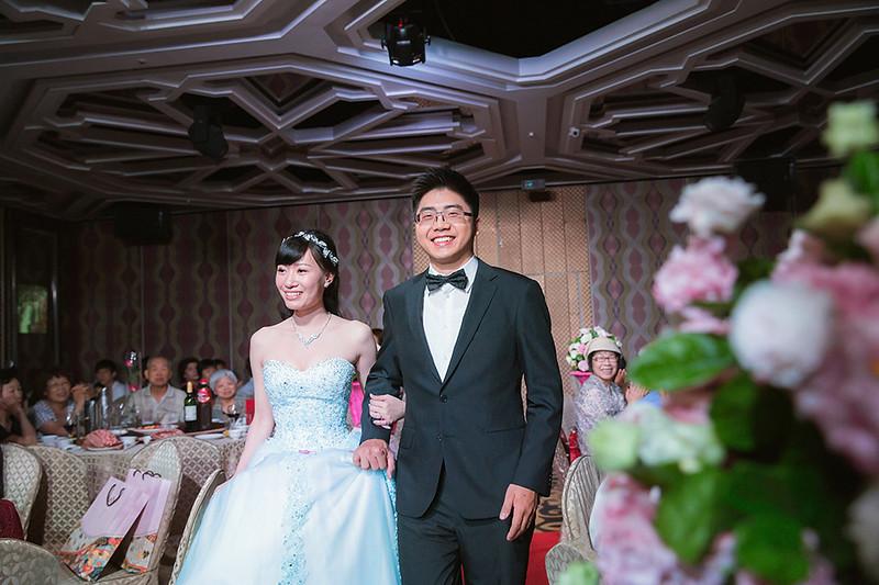 [台中婚攝] 恩正 & 凱甯 / 潮港城國際美食館