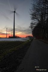 Windkraft (joli_2009) Tags: windenergie sonnenuntergang langzeitbelichtung windkraft windkrafträder erneuerbareenergie