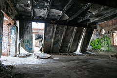 (Фото Москвы Moscow-Live.ru) Tags: парк лесопарк лосиныйостров заброшенное здание строение ветхое ветхий дом заброшенный