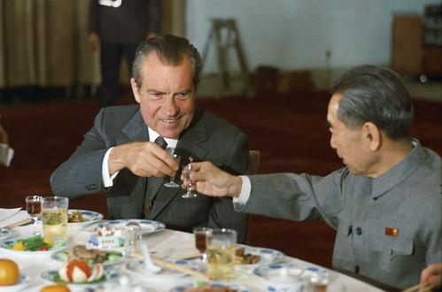 From flickr.com: President Nixon with Prime Minister Chou-Enlai - TT Nixon vi Th tdegreesng Chu n Lai - 1972 {MID-154610}