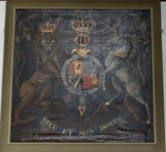 Hampton-in-Arden, Warwickshire (Sheepdog Rex) Tags: henleyinarden royalarms churchofstmaryandstbartholomew