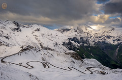 Kurvenreich... (A.K_Photography Hamburg) Tags: schnee mountains nature landscape alpen edelweisspitze nationalparkhohetauern passstrasse glocknergruppe nikond810 afsnikkor24mm114ged grossglocknerhochalpenstrae