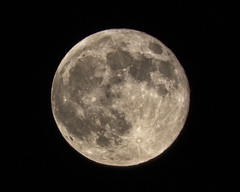 Supermoon August 2015 (x-ray tech) Tags: sky moon night canon luna telephoto supermoon