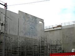 chantier s (mc1984) Tags: animals flickr cube boîte fresque béton mc1984 monpull
