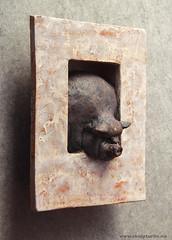 GRIS i ramme (Skulpturliv) Tags: sculpture art ceramic gris pig skulptur stoneware svin steingods skulpturliv