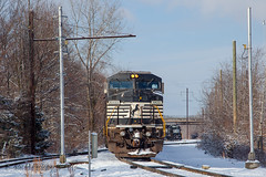 NS D8-40CW #8433 @ Morrisville, PA (Darryl Rule's Photography) Tags: baldwin blueridgewoodproducts buckscounty csao clouds conrail ds44750 diesel interchange january ktc kitchenmans local lumber morrisville morrisvilleyard ns norfolksouthern pa pennwarnerindustrialpark pennsylvania railroad railroads reading readingrailroad sms smslines snow sun tankcar tankcars tankers train trains winter