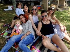 2016-06-26 13 29 01 (Pepe Fernández) Tags: grupo fotodegrupo reunion amigas amigos lapradera iphone iphoneografía móvil