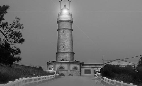 "Torres legendarias / Faros, minaretes, campanarios, rascacielos • <a style=""font-size:0.8em;"" href=""http://www.flickr.com/photos/30735181@N00/32493398746/"" target=""_blank"">View on Flickr</a>"