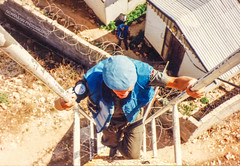 Bing on his way up for inspection (Normann Photography) Tags: 1992 427op bing fntjeneste forsvaret kontigent29 lebanon libanon peacecorps unservice unifil unitednations unitednationsinterimforceinlebanon xxix climb contigent29 contigentxxix ladder market observationtower peacekeepers kawkaba nabatiyehgovernorate lb
