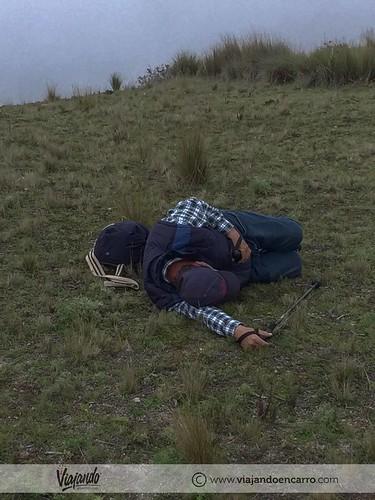 dormida en el quilotoa