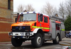 Buckinghamshire Fire & Rescue Service (999 Response) Tags: buckinghamshire fire rescue service great holm v967rjo mercedes benz unimog