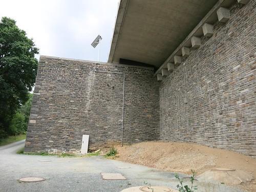 A72 Talbrücke Pöhl bei Neuensand Juli 2015_026