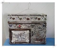 Porta Chaves (CriarEreciclarArte) Tags: portachaves madeira portarecados rstica scrapdecor