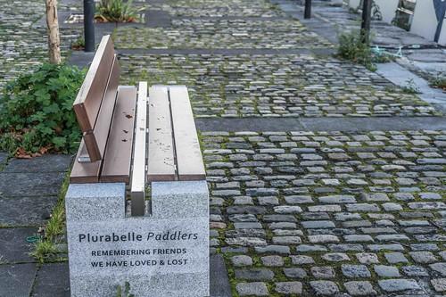 DUBLIN DOCKLANDS AREA [ PLURABELLE PADDLERS MEMORIAL BENCH ] REF-10805480
