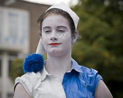 World Living Statues (Mary Berkhout) Tags: blue portrait white festival blauw arnhem event portret wit standbeeld gelderland 2015 levendstandbeeld livingstatues evenement zomerfestival kidsstatue worldstatuesfestival maryberkhout