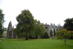 The ruins of Holyrood Abbey (mademoisellelapiquante) Tags: uk castle architecture scotland ruins edinburgh medieval holyrood royalmile holyroodhouse holyroodabbey