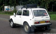 Lada Niva 1995 (XBXG) Tags: auto old holland classic netherlands car amsterdam vintage automobile russia nederland voiture 1995 russian paysbas lada russie niva rusland ancienne russe  ladaniva  58dfbs