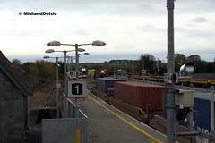 072, 077, 084, Portarlington, 10-11-2015 (MidlandDeltic) Tags: ireland trains railways irishrail cpw generalmotors portarlington emd iarnródéireann 071class