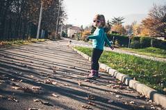 Walking - En marchant (fred_v) Tags: flickrfriday walking explore
