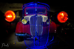 renault Celtaquatre 1935 (ohdrey Pom's) Tags: old light lightpainting car painting photography lights voiture renault poms ancienne oneshot urbex lightart paintwithlight poselongue celtaquatre