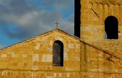 Pieve di San Giovanni Battista a Ponte allo Spino - 4 (anto_gal) Tags: chiesa siena toscana romanico particolare facciata 2015 pieve bassorilievo sovicille sangiovannibattista ponteallospino