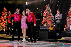 Brian Boitano, Meryl Davis & Charlie White with Train