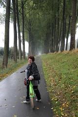 fietsend langs de Damse vaart (jansmetsfoto) Tags: brugge annemieverreydt damme