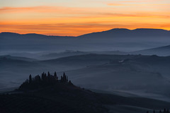 Today morning in Val d'Orcia (Antonio Cinotti ) Tags: landscape paesaggio nuvole clouds toscana tuscany italy italia siena hills colline campagnatoscana nikond7100 nikon d7100 sunrise dawn alba valdorcia sanquiricodorcia
