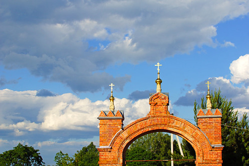 Gate to Luzhetsky monastery, Mozhaysk, Russia