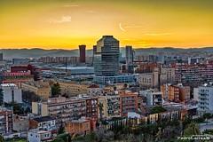Distrito 08038 (P.Larrea) Tags: lamarina barcelona atardecer ocaso 08038 lamarinadelport hospitaletdelllobregat