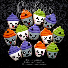 MiniHalloween_Cupcakes (cREEative_Cookies) Tags: creeatve cookies ree halloween hallows dia delos muertos candy skulls typography sugar art decorated cookie decorating party theme desserts holiday dessert zombie eyeball nightmare before christmas jack skellington sandy cupcakes spiders pumpkins jackolanterns leaves platter ghosts corn bats blood bloody cut finger ears butcher 3d