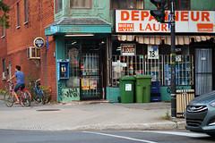 DSC_0334 v2 (collations) Tags: graffiti quebec montreal cornerstores depanneurs deps thedep lesdepanneurs