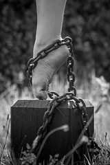 Chained (50D-Ray) Tags: blackandwhite ballet art monochrome grass canon foot chains rust bokeh chain block pointe shackle canonef70200f4l canoneos50d