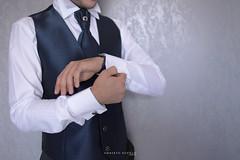 Wedding (umberto.ruvolo) Tags: wedding famiglia details dettagli matrimonio luce gemelli emozioni sposo giacca preparazione
