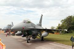 USAF, F16 > AF89-013 - Rivolto 05.09.2015 (Ernesto Imperato - Firenze (Italia)) Tags: canon eos italia f16 7d pan fighting 55 usaf friuli frecce tricolori squadron udine rivolto 555th