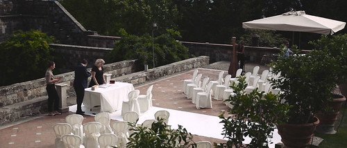 21806579388_68e1aaf777 Wedding video in Tuscany | Venue Castello di Vincigliata