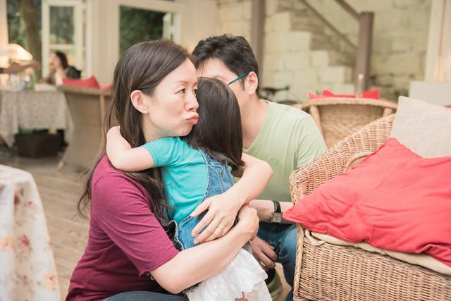 親子寫真,親子攝影,香港親子攝影,台灣親子攝影,兒童攝影,兒童親子寫真,全家福攝影,陽明山親子,陽明山,陽明山攝影,家庭記錄,19號咖啡館,婚攝紅帽子,familyportraits,紅帽子工作室,Redcap-Studio-19