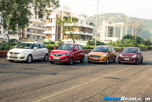 2015-Ford-Figo-vs-Maruti-Swift-vs-Hyundai-Grand-i10-vs-Tata-Bolt-08