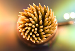 Toothpicks (alexa.alfaro) Tags: macro dof indoor depthoffield toothpicks