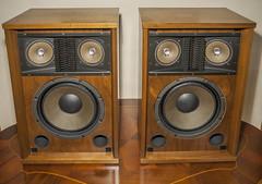 Sansui-SP-2500 Vintage Loudspeakers 1972 (AudioClassic) Tags: wood classic home vintage lens table oak furniture indoor retro grill stereo filter acoustic 1970 horn decor audio speakers hifi sansui woofer tweeter loudspeakers crossover midrange bassreflex sp2500