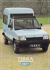 Seat Terra brochure 1987 (sjoerd.wijsman) Tags: auto cars car 1987 seat voiture vehicle terra brochure fahrzeug folleto prospekt seatterra carbrochure opuscolo brochura broschyr autobrochure