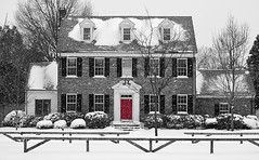 Snow with Red Door (explored) (pjpink) Tags: snow snowcovered snowy snowing rvasnow red door house building architecture selectivecolor ginterpark northside rva richmond virginia ravsnow2017 january 2017 winter pjpink