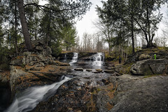 Choke Creek Falls Panorama, 2016.11.14 (Aaron Glenn Campbell) Tags: chokecreek chokecreekfalls thornhurst thornhursttownship lackawannacounty pinchotstateforest photomerge panorama outdoors optoutside 5xp nikcollection sony a6000 ilce6000 mirrorless rokinon 12mmf2ncs wideangle primelens manualfocus emount