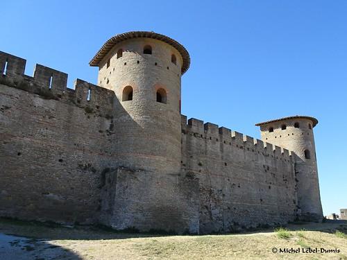5. Cité Médiévale de Carcassonne - Les tours gallo-romaines en forme caractéristique de fer à cheval